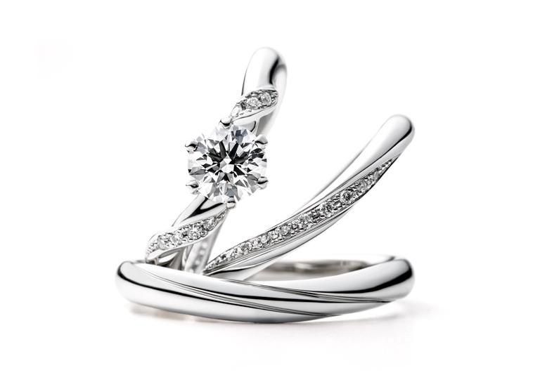 個性的なパーツの使われた指輪(ruscello ゆびわ言葉<sub>®</sub>: ゆっくりいこう)