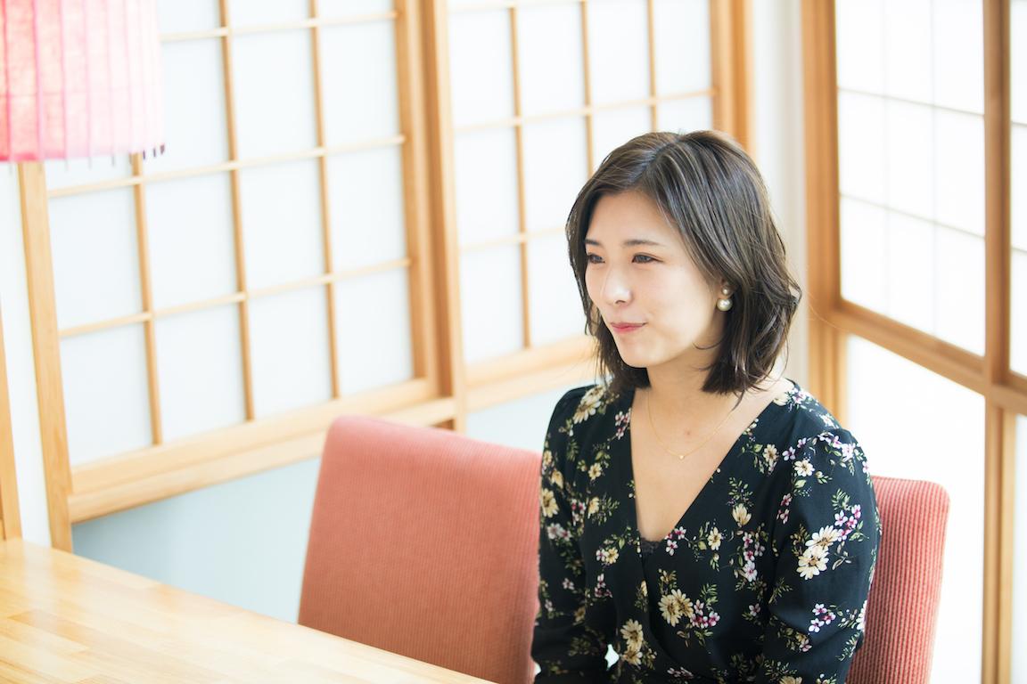 星綾美さん インタビュー風景