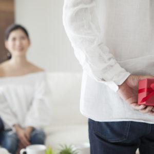 結婚10周年「スイートテン・錫婚式」に贈りたいプレゼントについて