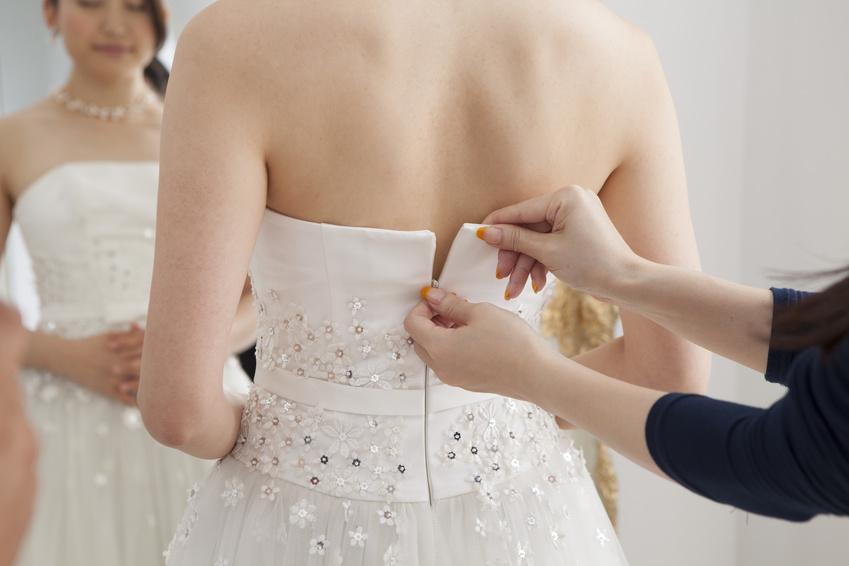 お色直しをする花嫁