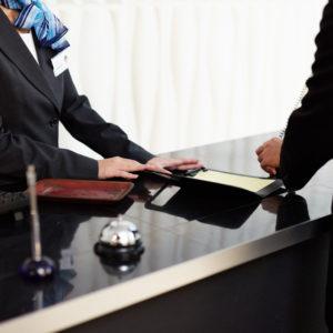 いざ、結婚式!遠方客のホテル手配はどうすればいい?