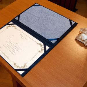 おふたりの原点のメモリアル。結婚証明書の意味とデザイン