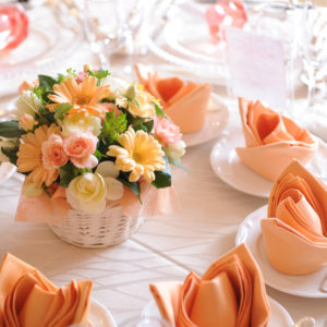 理想の式場を実現するために!結婚式を彩る装花のいろは