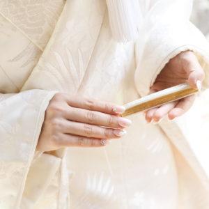 上質な生地で品を際立たせる。白無垢を素材から選ぶポイント